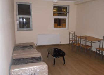 Thumbnail 1 bed flat to rent in Ladywood Rd., Tolworth