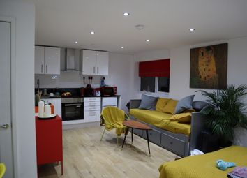 Thumbnail Studio to rent in Endsleigh Road, Bedford, Bedfordshire