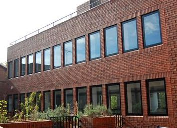 Thumbnail Office to let in Queen Anne's Court, First Floor Suite 3, Peascod St, Windsor