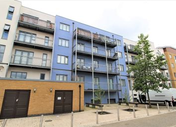 Thumbnail 2 bedroom flat for sale in Pier Warf, Quayside Drive, Colchester