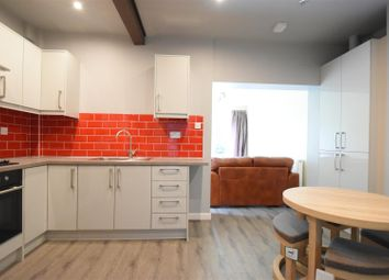 4 bed terraced house to rent in Tealby Grove, Birmingham B29
