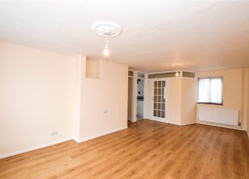 Thumbnail 2 bed flat to rent in Solway, Hemel Hempstead, Hertfordshire