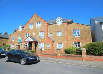 Thumbnail 1 bed flat to rent in Pyne Road, Tolworth, Surbiton