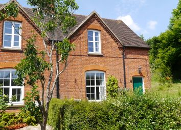 Thumbnail 3 bedroom cottage to rent in East Sutton Hill, Maidstone