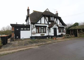 Thumbnail 3 bedroom detached house to rent in Sundon Road, Streatley, Luton