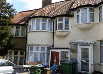 Thumbnail Studio to rent in Wakemans Hill Ave, Kingsbury, Kingsbury, London