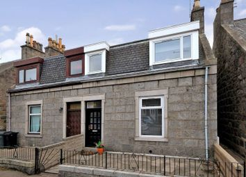 Thumbnail 2 bed flat to rent in Erskine Street, Old Aberdeen, Aberdeen