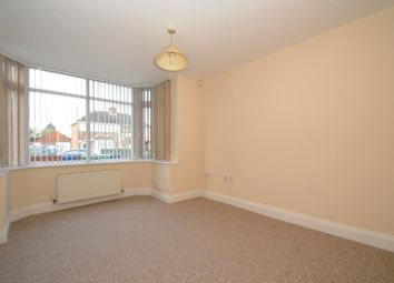 Thumbnail 1 bed flat to rent in Finsbury Park Avenue, London
