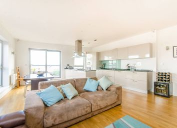Thumbnail 3 bed flat for sale in Enfield Road, De Beauvoir Town