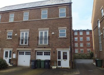 Thumbnail 4 bed end terrace house to rent in Carisbrooke Road, Leeds