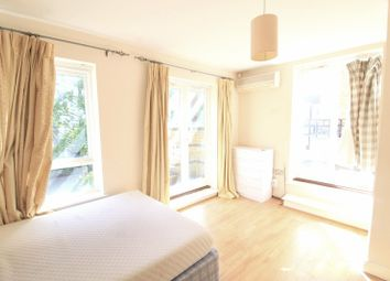 Room to rent in St Davids Square, Canary Wharf E14