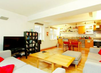 Thumbnail 3 bed duplex to rent in Kingsland Road, Shoreditch, Hoxton