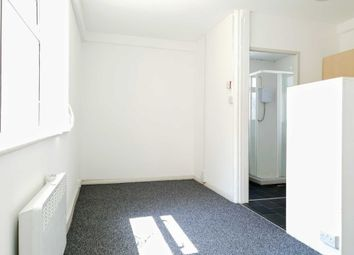 Thumbnail Studio to rent in Clifton Drive, Blackpool