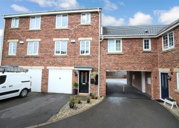 4 bed town house for sale in Blenkinsop Way, Middleton, Leeds LS10