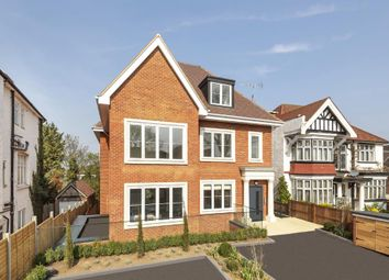 Thumbnail 2 bed flat for sale in Dollis Avenue, Finchley