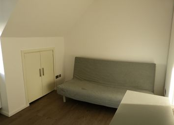 Thumbnail Studio to rent in Sandringham Road, London