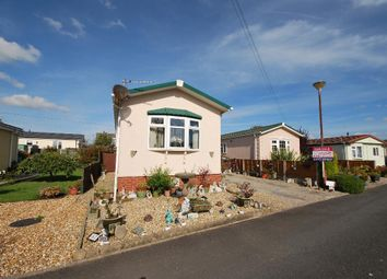 Thumbnail 1 bed mobile/park home for sale in Willow Drive, Lamaleach Residential Park, Freckleton, Preston, Lancashire
