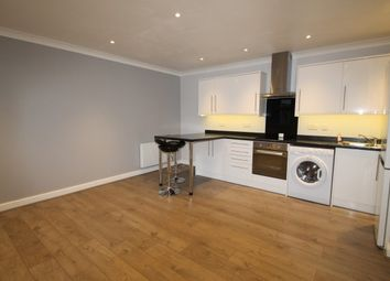 Thumbnail 2 bed flat to rent in Gladstone Road, Farnborough, Orpington