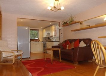 Thumbnail 2 bed flat to rent in Maurice Avenue, Stirling