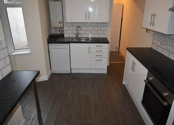 Thumbnail 5 bed shared accommodation to rent in St Helens Avenue, Brynmill, Swansea