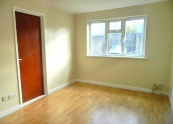 1 bed property to rent in Norwood Court, Elm Street, Cardiff CF24