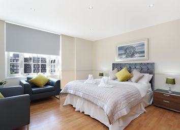 Thumbnail 4 bedroom flat to rent in Great Cumberland Place, London