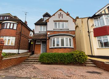 Station Road, Westcliff-On-Sea SS0. 3 bed detached house