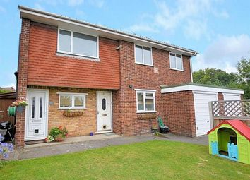 Thumbnail 2 bedroom flat for sale in Old Bath Road, Calcot, Reading