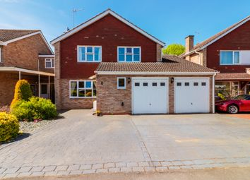 Thumbnail 5 bed detached house for sale in Brookside Avenue, Wellesbourne, Warwick