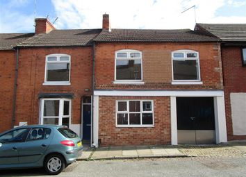 Thumbnail 3 bedroom flat to rent in Junction Road, Northampton