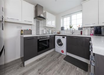 2 bed terraced house for sale in Osprey Walk, Luton, Bedfordshire LU4