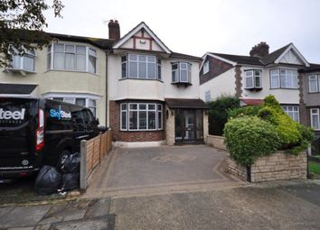 Thumbnail 3 bed property to rent in Glenwood Drive, Gidea Park, Romford