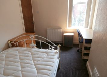 Thumbnail Room to rent in Kingsway, Room 4, Ball Hill, Coventry