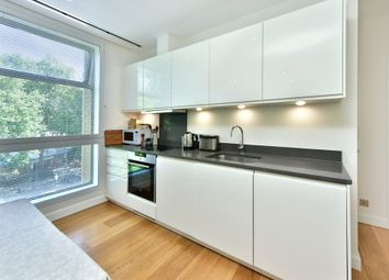 Thumbnail 1 bed flat to rent in Highbury Crescent, London