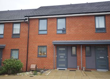 3 bed terraced house to rent in Greenham Avenue, Reading RG2