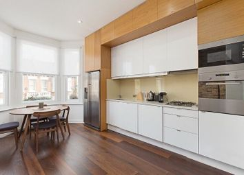 Thumbnail 1 bed flat to rent in Glengall Road, Queens Park
