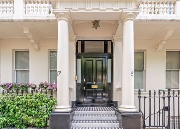 Thumbnail 4 bed flat for sale in Warwick Square, London