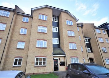 Thumbnail 3 bed flat to rent in Evans Wharf, Hemel Hempstead