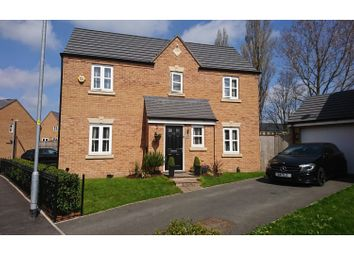 Thumbnail 3 bed detached house for sale in Snowdonia Way, Hyde