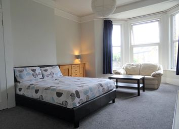 Thumbnail 1 bed property to rent in Tweedy Road, Bromley