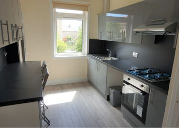 Thumbnail 4 bed flat to rent in Paradykes Avenue, Loanhead