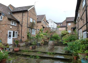 Thumbnail 2 bed property to rent in Sun Square, Hemel Hempstead