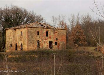 Thumbnail 3 bed farmhouse for sale in Via Ponticelli, Città Della Pieve, Umbria