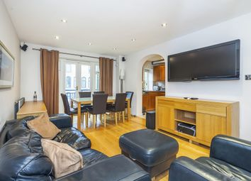 Thumbnail 2 bed flat to rent in Vernon Rise, London