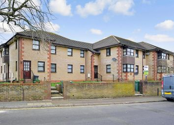 Thumbnail 2 bed flat for sale in Medina Avenue, Newport, Isle Of Wight