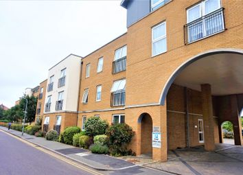 Thumbnail 1 bed flat for sale in 14 Kenway, Southend-On-Sea