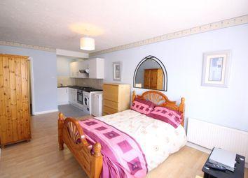 Thumbnail Studio to rent in Northumberland Avenue, Welling, Kent