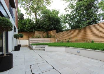Thumbnail 3 bedroom flat to rent in Muswell Hill, London