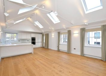 Thumbnail 3 bed flat to rent in Bolsover Street, London