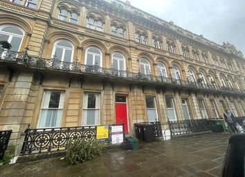 2 bed flat to rent in Victoria Square, Clifton, Bristol BS8